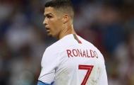"""Ronaldo """"tạm bỏ"""" ĐT Bồ Đào Nha: Học theo Messi hay mưu đồ cá nhân?"""