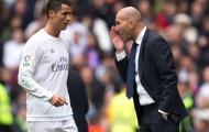 Zidane chưa bao giờ muốn ở lại 'con tàu đắm'