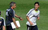 Vì sao Mourinho không cần Ozil tại Man Utd?