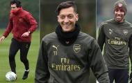 HLV Emery phô diễn kỹ thuật, Ozil và đồng đội trố mắt nhìn