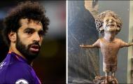 Đây, cách Mohamed Salah phản ứng với bức tượng thảm họa của mình