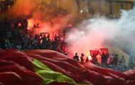 Nếu có pháo sáng trận gặp Malaysia, Việt Nam sẽ phải đá sân trung lập