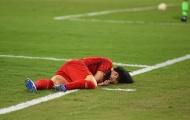 Trọng tài AFC chỉ lý do hậu vệ Mã đánh nguội Công Phượng vẫn thoát thẻ đỏ