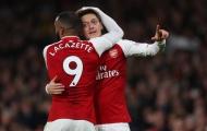 Xin lỗi Ozil, Lacazette mới là số 10 đích thực của Arsenal!