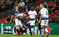 Sân Wembley choáng váng khi sao trẻ Tottenham 'hạch tội' đàn anh