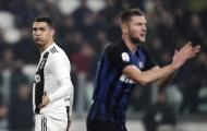 Ronaldo 'há hốc mồm' kinh ngạc khi Mandzukic làm điều mình không làm được