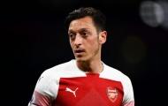 Lại mất tích khi Arsenal thắng, Ozil phản ứng bất ngờ