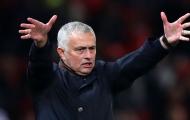 Mourinho: 'Man United đang tiết kiệm tiền cho TTCN mùa Đông à?'