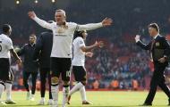 Muốn hạ Liverpool, Mourinho nên 'bắt chước' Louis Van Gaal?