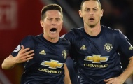 'Hàng tiền vệ của Man Utd không tồn tại...'