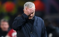 Sốc! Luke Shaw đã cố tình 'triệt hạ' Mourinho với một hành động