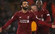 Soán ngôi Aubameyang, Salah đưa Liverpool 'chạm một tay' vào chức vô địch