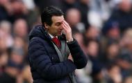 Sao Arsenal bực bội lên tiếng vì Emery bạc đãi Ozil