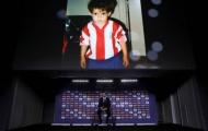 Morata 'đỏ mặt' nhìn ảnh cũ trong ngày ra mắt Atletico