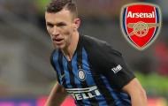 HLV Inter bực bội tố cáo Arsenal 'lừa gạt' Perisic