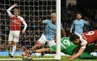 Hàng thủ Arsenal chao đảo trước Aguero và những khoảnh khắc ấn tượng vòng 25 NHA