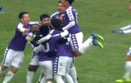Hà Nội phối hợp như 'đá ma' CLB của Fellaini trước khi Văn Quyết volley ghi bàn đẹp mắt