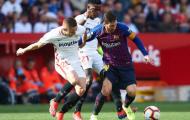 Bỏ lỡ cơ hội mười mươi, 'thanh niên số hưởng' được Messi an ủi bằng món quà quý giá