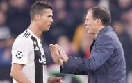 Ronaldo nổi giận với HLV Allegri trong trận thắng Napoli