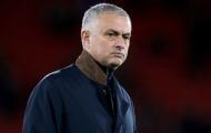Mourinho được xướng tên trong thất bại của M.U trước Wolves