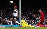 Van Dijk mắc sai lầm nghiêm trọng, Liverpool hút chết trước Fulham