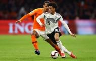 Hà Lan lọt lưới 3 bàn, fan Man City làm điều khiến Van Dijk điên tiết