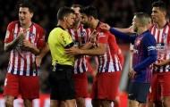 Costa chửi gì với trọng tài để phải 'ăn' thẻ đỏ trực tiếp trước Barca?
