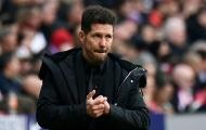 HLV Simeone tố cáo Barca, tuyên bố 'xanh rờn' về thẻ đỏ của Costa
