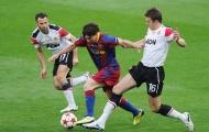 Mike Phelan so sánh Messi của hiện tại với mùa giải 2009