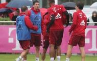 Biến tại Bayern Munich: Lewandowski 'tẩn' nhau to với Coman trên sân tập