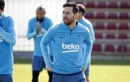 Vết sẹo do Smalling đem lại vẫn hằn trên mũi Messi