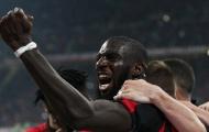 """""""Kẻ nổi loạn"""" nổ súng, AC Milan nhẹ nhàng đánh bại Lazio"""