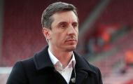 Gary Neville đặt câu hỏi cho Solskjaer về 1 quyết định trước Barcelona