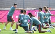 Hummels, James trở lại tập luyện, Bayern 'mở cờ trong bụng'