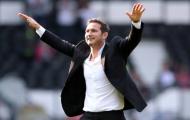 Hai bàn thắng phút bù giờ, sao trẻ Liverpool mang ánh sáng đến cho Lampard