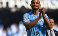 Thay thế Kompany, City tính cướp mục tiêu 90 triệu bảng của Man Utd