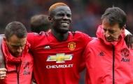 CHÍNH THỨC: Trung vệ Man Utd nghỉ đến hết mùa