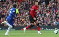 Vào sân không lâu, Rojo đã khiến CĐV Man Utd thót tim vì khoảnh khắc này
