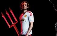 'Hiệp sĩ mù' Blind đã chứng minh Man Utd rất sai lầm?