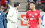 Chuyện thật như đùa: Sao Bundesliga ghi bàn xong rồi mất trí nhớ
