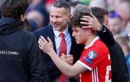 'Đánh bật' Liverpool, M.U dẫn đầu cuộc đua giành 'đồ đệ' của Giggs
