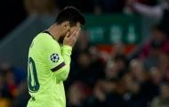 'Thần thánh' đến đâu, Messi cũng phải đầu hàng trò đùa số phận
