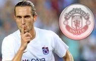NÓNG: 'Thủ lĩnh tuyến giữa' phá vỡ im lặng về việc đến Man Utd