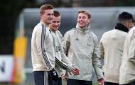 Sao Barca dùng 'chiêu bí hiểm', Man Utd coi chừng mất 'viên ngọc' Ajax