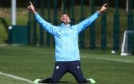 Chưa đấu Watford, Pep Guardiola đã tập ăn mừng chức vô địch