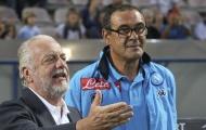 Chủ tịch Napoli buông lời mỉa mai việc Sarri về Juventus