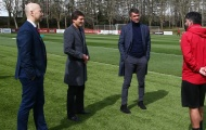 HLV AC Milan đã gửi thông điệp về tương lai đến cựu CEO Arsenal