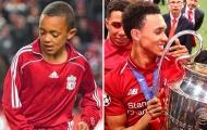 Sau 14 năm, 'chàng trai vàng' đã hoàn thành ước mơ với Liverpool