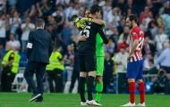 Chi 72 triệu, Man Utd đón 'găng tay vàng' thay De Gea về Manchester