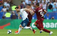 Theo kèm Messi cả trận, cầu thủ Venezuela này là người may mắn nhất